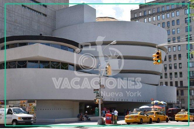 Guggenheim Museum - Museo Guggenheim