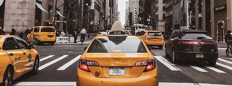 Cómo llegar desde cada aeropuerto en NYC a Manhattan