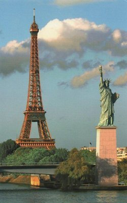 estatua de la libertad en París